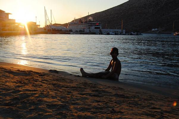 10 Kamares sunset