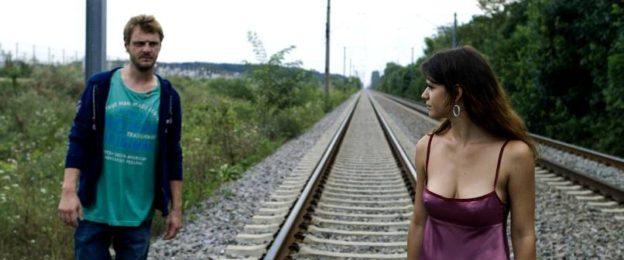 Dincolo de calea ferata